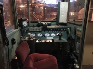 電車の運転席(鉄道博物館)