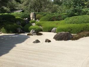 明月院の枯山水庭園