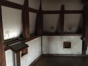 姫路城の石落とし