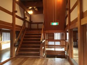 白石城の階段