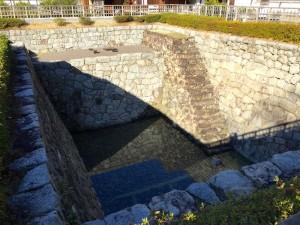 松山城・二の丸の「大井戸」