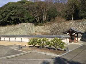 松山城・二の丸の四脚御門