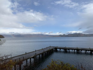 十和田湖と虹