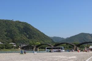 錦帯橋の河川敷駐車場