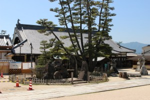 厳島・大願寺の本堂
