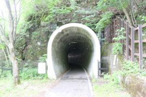 神居古潭のトンネル