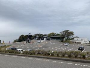 空中展望台スカイバードの駐車場