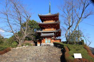 方広寺の三重塔
