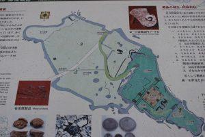 勝連城の案内図