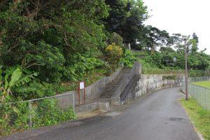 百度踏揚の墓の入口