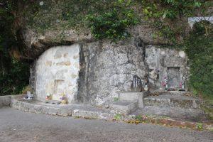 百度踏揚(百十踏揚)と、弟の三津葉多武喜の墓