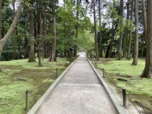 鑑真の御廟への道