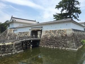 小田原城の渡櫓門(わたりやぐらもん)