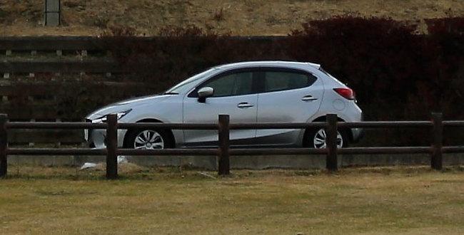 中国の国籍の方は日本でレンタカー運転できません